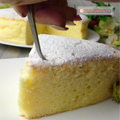Pandișpan japonez, prăjitura de care nu te mai saturi. Un desert de nota 10! | DCNews No Cook Desserts, Sweets Recipes, Cake Recipes, Tasty, Yummy Food, Cake Bars, Deserts, Pudding, Cheese