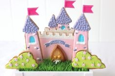 princess castle cake and cookies