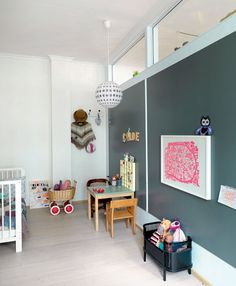 room with top windows Kids Room Design, Home Office Design, Creative Kids Rooms, Interior Windows, Toddler Rooms, Kids Decor, Home Decor, Cozy Living Rooms, Retro Home