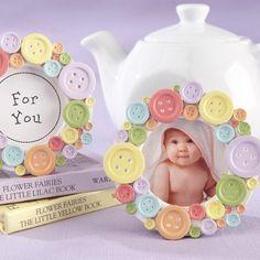 Souvenirs de Baby Shower con foto y botones   Manualidades para Baby Shower