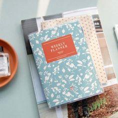 Planificador semanal tamaño A6 - Estampado floral - Organizadores en inglés - Organizadores y planificadores - Papelería