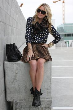 somehow she is making this work... or maybe i just love all things leopard at the moment.
