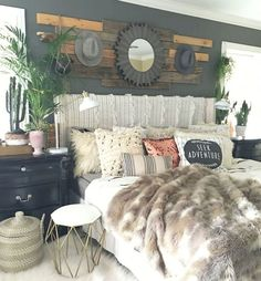 Gorgeous 115 Beautiful Farmhouse Bedroom Decor Ideas https://besideroom.co/115-beautiful-farmhouse-bedroom-decor-ideas/