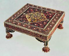 The Treasure Gallery of the State Hermitage Museum - Alain. Hermitage Museum, Uncut Diamond, Indian Art, Decorative Objects, 17th Century, Art And Architecture, Queen, Bohemian Rug, The Incredibles