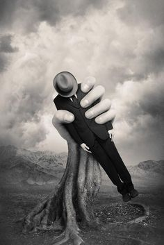 View image: Grip by Tommy Ingberg Photography Surrealism Photography, Conceptual Photography, Art Photography, Experimental Photography, Exposure Photography, Surreal Photos, Surreal Art, Magritte, Double Exposition