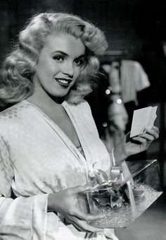 Marilyn Monroe in 'Ladies of the Chorus' <3 1948
