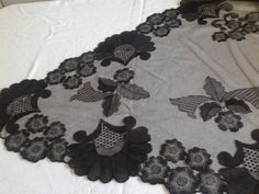 Linens, Hand Embroidery, Crochet Necklace, Tulle, Antiques, Fashion, Saddle Pads, Veils, Deserts