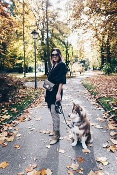 Look  Herbst Outfit mit Cardigan Glencheck Hose Khaki Stiefeletten Michael Michael