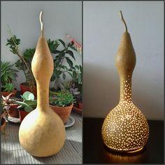 Gourd lamps Gourd Crafts, Gourd Lamp, Wood Sculpture, Garden Design, Arts And Crafts, Lights, Halloween, Christmas, Bottle Crafts