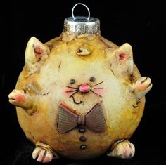 Kitty Christmas Ornament. via Etsy.
