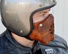 Bobber motorcycle favorite design 73 - We Otomotive Info Motorcycle Mask, Bobber Motorcycle, Moto Bike, Motorcycle Leather, Motorcycle Outfit, Scrambler, Crea Cuir, Style Masculin, Biker Gear