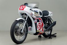 A perfect reproduction of Triumph's top performing race Trident, the 'Slippery Sam'.