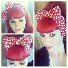 VENTE rouge à pois blancs Vintage Style cheveux par SpellboundBows, $8.50