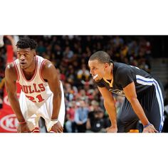 The 50-10 Golden State Warriors continue their road trip tonight in Chicago when they take on the Bulls. The Warriors have beaten the Bulls in 3 straight games and coming off of their loss to the Wizards the Dubs have not lost consecutive times in 146-straight regular season games. Without Kevin Durant tonight look for GS to bounce back like they always do coming off of a loss. #Gam30ver