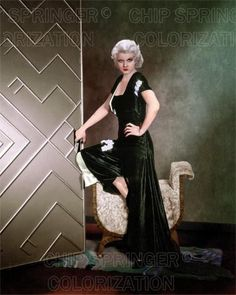 5 DAYS! 8X10 JEAN HARLOW IN IRON MAN (#4) STUNNING COLOR PHOTO BY CHIP SPRINGER. Please visit my Ebay Store at http://stores.ebay.com/x5dr/_i.html?rt=nc&LH_BIN=1 to see the current listings of your favorite Stars now in glorious color! Message me if you would like me to relist your favorites. Check out my New Youtube videos at https://www.youtube.com/channel/UCyX926rA5x4seARq5WC8_0w