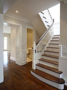 Types of moldings - 10 popular wall trim styles to know - bob vila Foyer Design, Hall Design, Staircase Design, House Design, Ceiling Design, Vinyl Window Trim, Oak Trim, Moldings And Trim, Types Of Crown Molding
