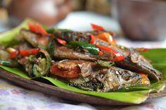 Diah Didi's Kitchen: Tumis Ikan Pindang Bumbu Terasi