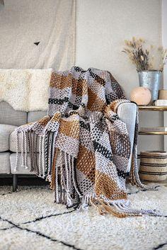 Knitting Patterns Galore - Moonstone Plaid Blanket Easy Crochet Blanket, Blanket Yarn, Plaid Blanket, Knitting Kits, Knitting Patterns Free, Free Knitting, Crochet Cardigan Pattern, Crochet Blanket Patterns, Cozy Blankets
