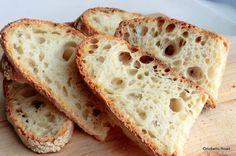 Pan di Pane: Gita speleologica in un tozzo di pane.