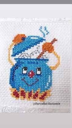 Cross Stitch Designs, Cross Stitch Patterns, Applique Quilt Patterns, Simple Cross Stitch, C2c, Table Linens, Pixel Art, Kids Rugs, Crafts