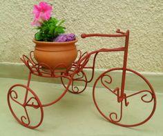 Triciclos: Tienda Deco C Flower Cart, Flower Pots, Potted Flowers, Iron Windows, Steel Fabrication, Steel Art, Iron Furniture, Decoupage Vintage, Wire Crafts