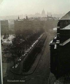 1938 táján. Kilátás a Zárda utca (Rómer Flóris) 26-ból.