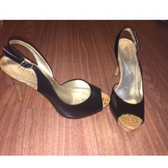 Guess Heels super cute!! perfect condition ! Guess Shoes Heels