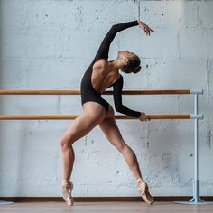 Beautiful Olga Kuraeva dancer and model from Moscow Photo by Alexander Yakovlev Dance Photography Poses, Dance Poses, Dance Picture Poses, Art Ballet, Ballet Dancers, Bolshoi Ballet, Dance Photo Shoot, Ballet Images, Human Poses