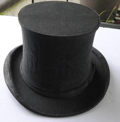 Top Hat was worn by Philo T Farnworth Pop Top Hat Austin Read Regent Street marked PTF made in England inside the rim of the hat measures Vintage Gifts, Vintage Outfits, Snowman Kit, Vintage Clothing For Sale, The Inventors, Online Thrift Store, Creative People, Vintage Glassware, Mens Clothing Styles
