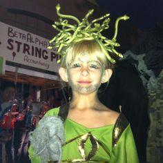 easy medusa costume for a girl medusa costumes and costume contest - Medusa Halloween Costume Kids