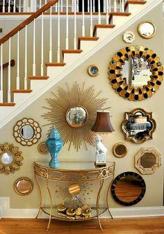 Cómo Decorar con Espejos Bajo las Escaleras