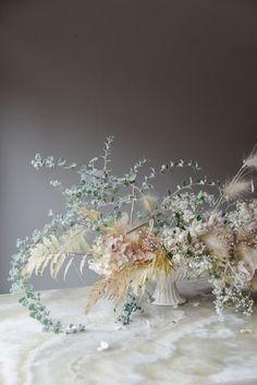 ideas wedding flowers hydrangea roses floral arrangements for 2019 Design Floral, Deco Floral, Arte Floral, Floral Centerpieces, Wedding Centerpieces, Wedding Bouquets, Tall Centerpiece, Centrepieces, Floral Wedding