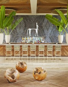 hotel playa Kelly Wearstler Online Store: Kelly Wearstler Interiors Four Season Anguilla Kelly Wearstler, Resort Interior, Counter Design, Bar Counter, Kitchen Designs, Koh Chang, Hotel Decor, Das Hotel, Commercial Interior Design