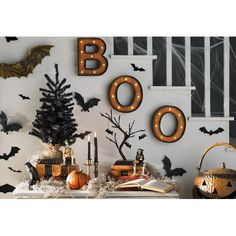 The Holiday Aisle Halloween Table Top Tree - Real Time - Diet, Exercise, Fitness, Finance You for Healthy articles ideas Table Halloween, Casa Halloween, Creepy Halloween Decorations, Halloween Home Decor, Halloween Mantel, Halloween Games, Dollar Store Halloween, Halloween 2020, Halloween Crafts