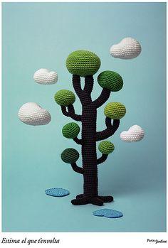 amigurumi tree crochet. I want to make a small one