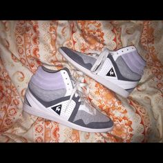 bd7d54debb47 Size US but EU says which is misleading - I m really an 8 and they fit me  perfectly. Gray and white Le coq sportif Shoes Sneakers