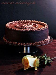 Tort czekoladowy @ Wiem co jem