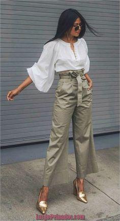 The latest fashion trends fashion trends 2018 fashion photography fashion pic Look Fashion, Unique Fashion, Trendy Fashion, Spring Fashion, Office Fashion, Ladies Fashion, Womens Fashion, Street Style Fashion, Club Fashion