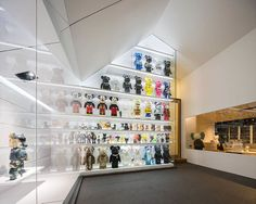 Be@rbrick Toy House Is owned by sibling and huge Be@rbrick collector Sittawat Sahawat and Nipapat Sahawat, the modern house was designed by Onion in 2012. It features whimsical murals and a prominent display of the owner's Be@rbrick toy collection.