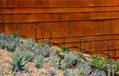 bar-architects_law-winery_designboom_017