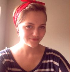 vintage hair, just make a pouf with bobby pins and tie a bandana on. great for growing out a pixie cut