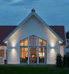 Hemma hos familjen som skapade ett gemensamt livsverk | Trivselhus Future House, My House, Modern Bungalow House, Exterior Color Schemes, Innovative Architecture, House Goals, Home Fashion, My Dream Home, Sweet Home