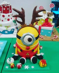 Don't miss our 2nd Christmas Giveaway! For your chance to win an amazing Christmas themed cake from @warralily_cakes head over to our Facebook page (link in bio) #geelongkids #geelong #destinationgeelong #geelongcakes #madeingtown #geelongchristmas #cakes #christmascake #minioncake by geelong_kids http://ift.tt/1JtS0vo