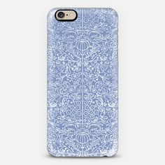 Periwinkle Scrollwork  - Classic Snap Case