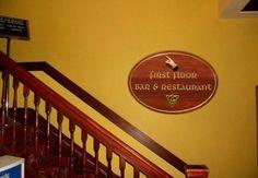 pjstairs-hotel-sign.jpg