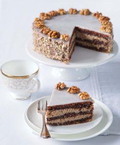 Ořechový dort, Foto: Alena Hrbková Tiramisu, Sweets, Fresh, Cake, Ethnic Recipes, Europe, Pastel, Good Stocking Stuffers, Kuchen