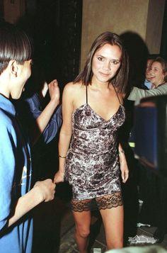 When Victoria was Posh. Victoria Beckham Outfits, Victoria Beckham Style, Victoria Style, Queen Victoria, Victoria And David, David And Victoria Beckham, London Fashion, 90s Fashion, Posh And Becks