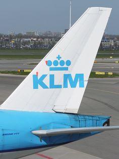 "KLM Boeing 777-206(ER) PH-BQG ""Galápagos Islands"""