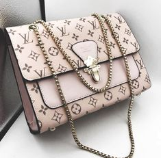 2019 New Louis Vuitton Handbags Collection for Women Fashion Bags Must have it 2019 New Louis Vuitton Handbags Collection for Women Fashion Bags Must have it Popular Handbags, Cute Handbags, Chanel Handbags, Louis Vuitton Handbags, Fashion Handbags, Purses And Handbags, Cheap Handbags, Fashion Bags, Handbags Online