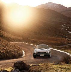 David Brown Speedback GT = Retro-Styled, Aston Martin Influenced